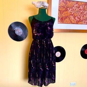 Dex pleated & lace floral midi twirl dress